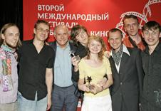 Президент ММКФ Никита Михалков и победители конкурса мобильного кино