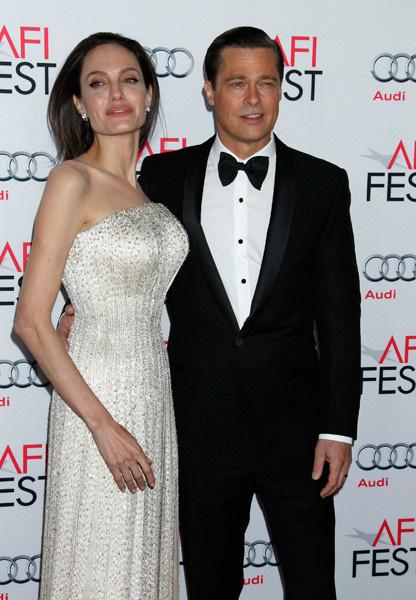 Анджелина Джоли начала избавляться от анорексии