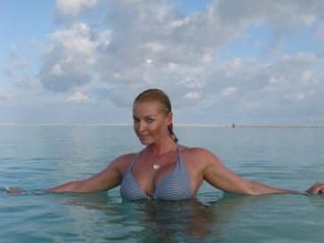 Анастасия Волочкова обнажилась на зло критикам 11 фото