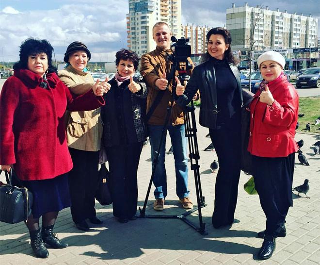 Пенсионерки из Челябинска спели Лабутены