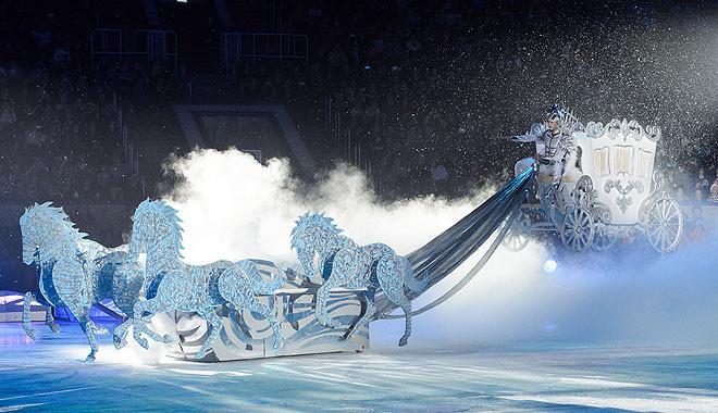 Евгений Плющенко шоу Снежный король фото
