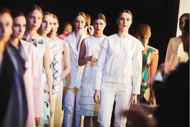 St. Petersburg Fashion Week FW 16/17: расписание, показы, участники, официальный сайт