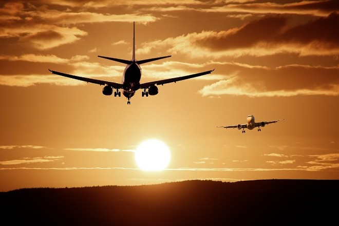 самолет ДИА тревел