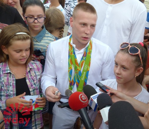 Медалист Олимпиады в РИО гимнаст Денис Аблязин