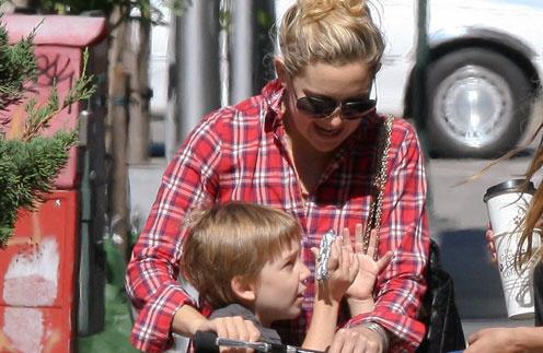 Кейт Хадсон (Kate Hudson) с сыном