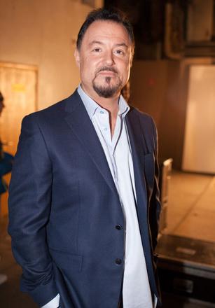 Максим Леонидов, певец