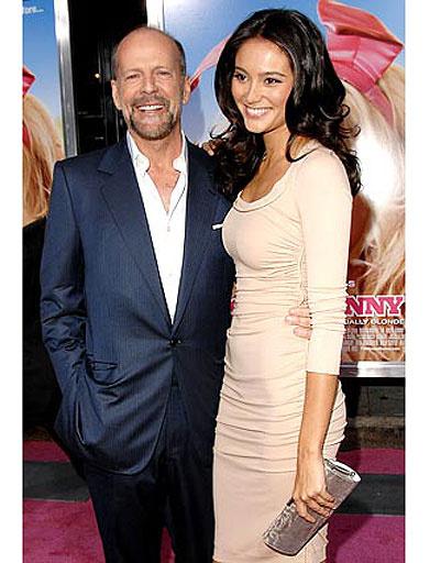 Брюс Уиллис (Bruce Willis) и Эмма Хэминг (Emma Heming)