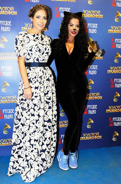 Юлия Барановская и Бьянка на премии «Золотой граммофон»-2015