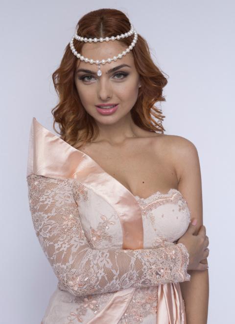 Таша Турова: фото