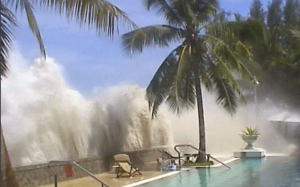 Великое цунами 2004 года, фото