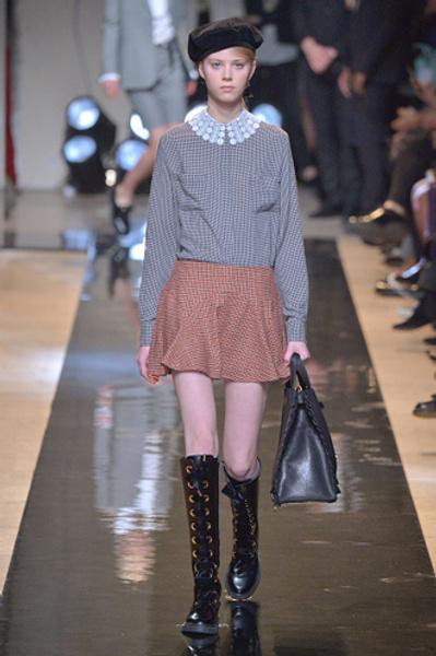 Неделя моды в Париже: показы Alexander McQueen и Paul & Joe ready-to-wear осень — зима 2015-2016   галерея [2] фото [15]