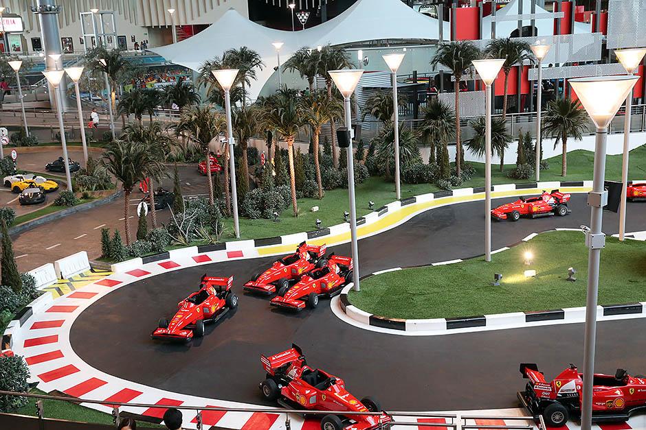 Ferrari World в Абу-Даби