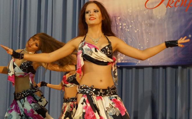 Арабиский сексуалний танца