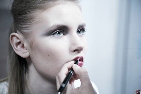 Big city life: подиумный макияж от Clarins | галерея [1] фото [1]