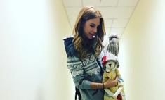 Из Красноярска Подольская увезла сыну огромного игрушечного зайца