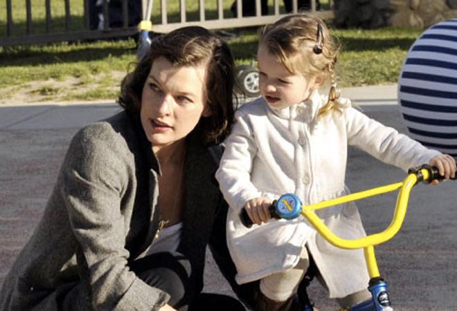 Милла Йовович с дочкой Эвер: фото