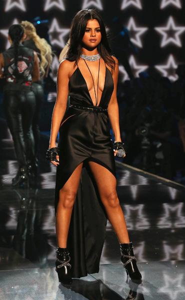 Селена Гомес на шоу Victoria's Secret 2015