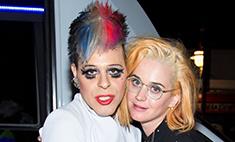 Роковая ошибка: Кэти Перри перекрасилась в блондинку