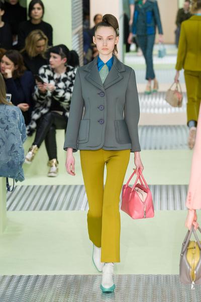Показ Prada на Неделе моды в Милане | галерея [1] фото [36]