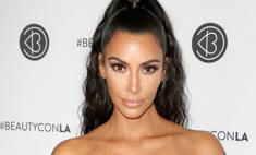 У Ким Кардашьян «сдулась» грудь в микротопе