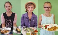 Груши под штрейзелем, оранжевый суп, йогуртовый соус: это готовили детки!
