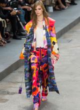 На Неделе моды в Париже прошел показ Chanel
