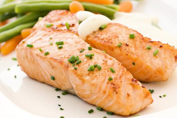 как в духовке запечь красную рыбу в духовке в фольге