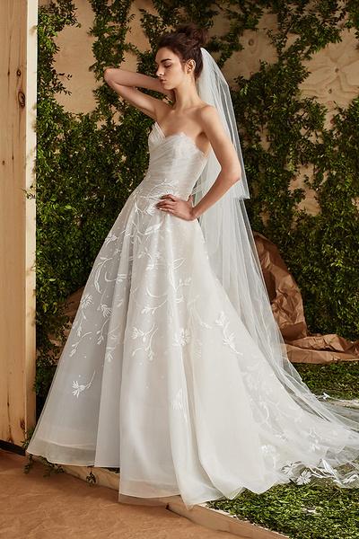 Лучшие коллекции Недели свадебной моды   галерея [7] фото [13]