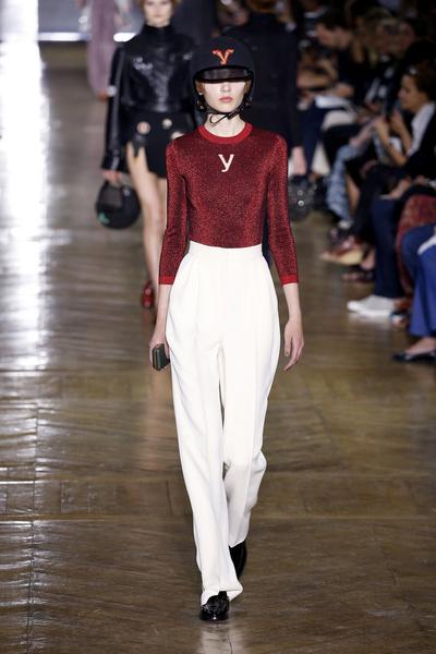 Показ Ulyana Sergeenko на Неделе Haute Couture в Париже | галерея [1] фото [6]