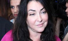 Лолита перевезла маму и дочь из Киева в Москву
