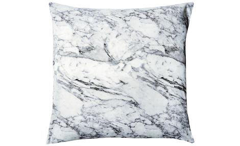 Чехол на подушку, H&M Home, магазин H&M Home, 499 руб.