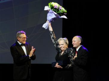 Президент Международного Забайкальского кинофестиваля Александр Михайлов и Римма Маркова