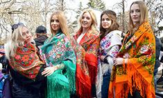 «Масленица» в Саратове: 25 фото ярких фото с праздника. Найди себя!
