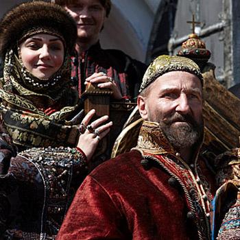 Рамиля Искандер и Петр Мамонов в роли Ивана Грозного.