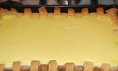 Урок кулинарии: Сергей Зверев испек пирог