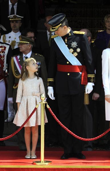 Современные принцессы: 100 фактов