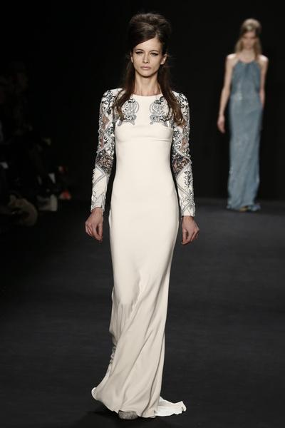 Самые роскошные вечерние платья Недели моды в Нью-Йорке | галерея [1] фото [4]