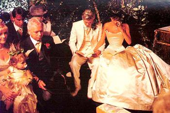 Свадьба Дэвида и Виктории (4 июля 1999 года)