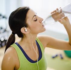 Спорт в жару: 7 правил летнего фитнеса