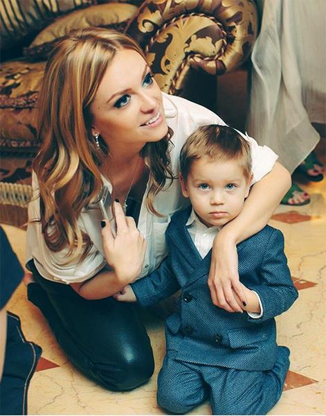 Жена Кержакова с сыном: фото