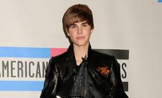 Джастин Бибер продал свои волосы ради благотворительности