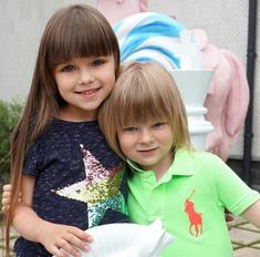 Милота недели: 10 самых трогательных фото звезд с детьми