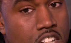 Кени Вест заменил зубы бриллиантами