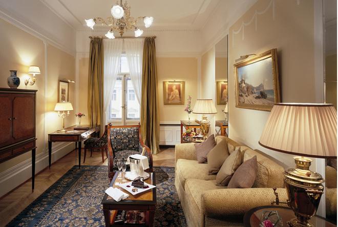 В «Европе» Рэдклифф поселился в номере люкс стоимостью 1478 евро