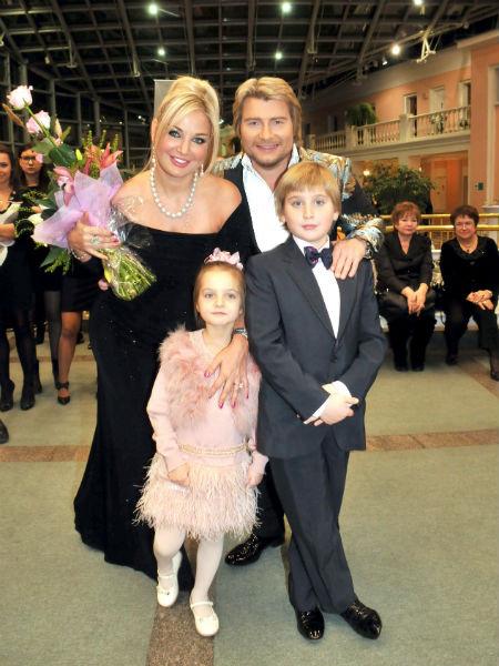 Мария Максакова с детьми фото
