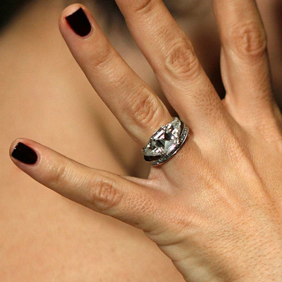 Кольцо Сальмы Хайек