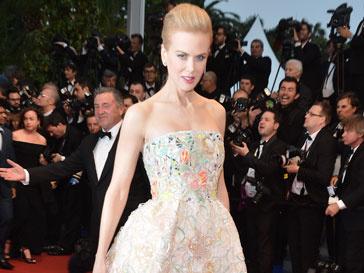 Николь Кидман (Nicole Kidman) умело создала образ в стиле ретро на открытии 66-го Каннского кинофестиваля