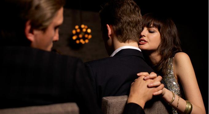 Изменяют ли женщины так же, как мужчины?