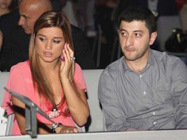 Ксения Бродина и бизнесмен Юрий Будаков поженились 8 августа 2008 года