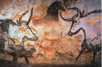 Наскальные рисунки в пещерах Шове (Франция) были сделаны нашими предками 32 тысячи лет назад.
